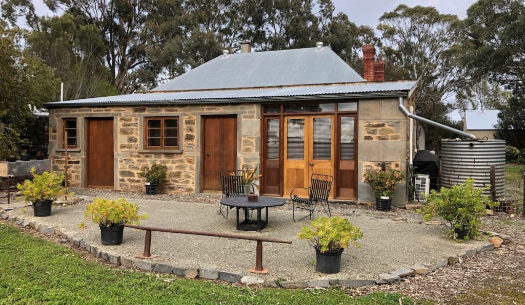 stone stable accommodation in south australia