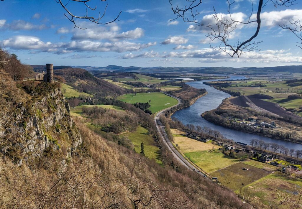 hill top view of castle and river from Kinnoull Hill